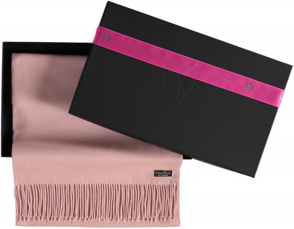"Giftbox: Cashmink® scarf with fringe ""Made in Germany"""
