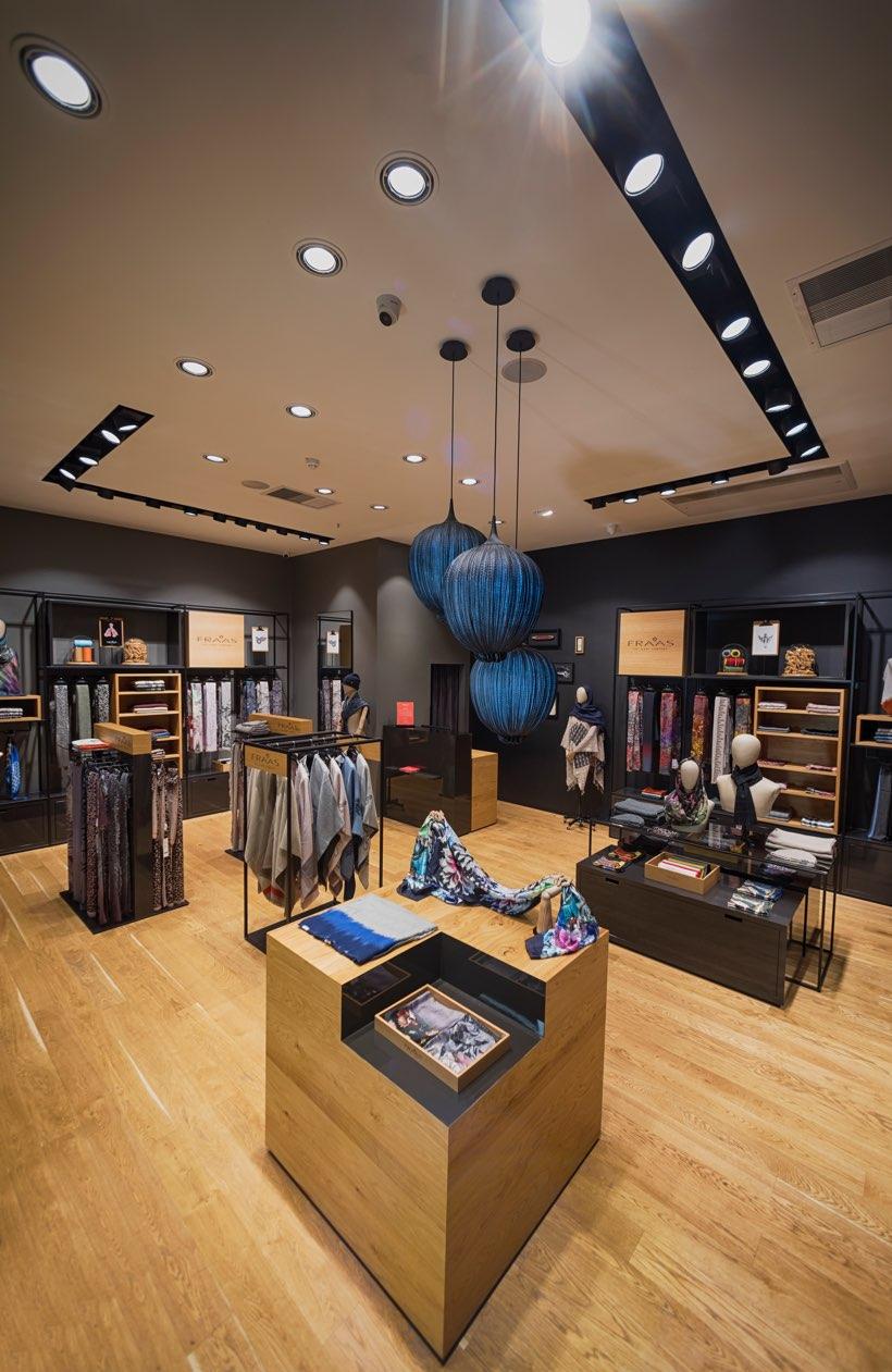 FRAAS_Store_Sana_Mall_03