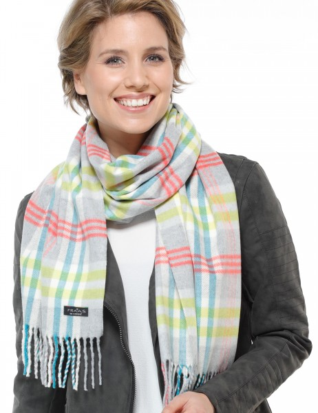 Scarf with bulkhead design in a polyacrylic blend - Made in Germany